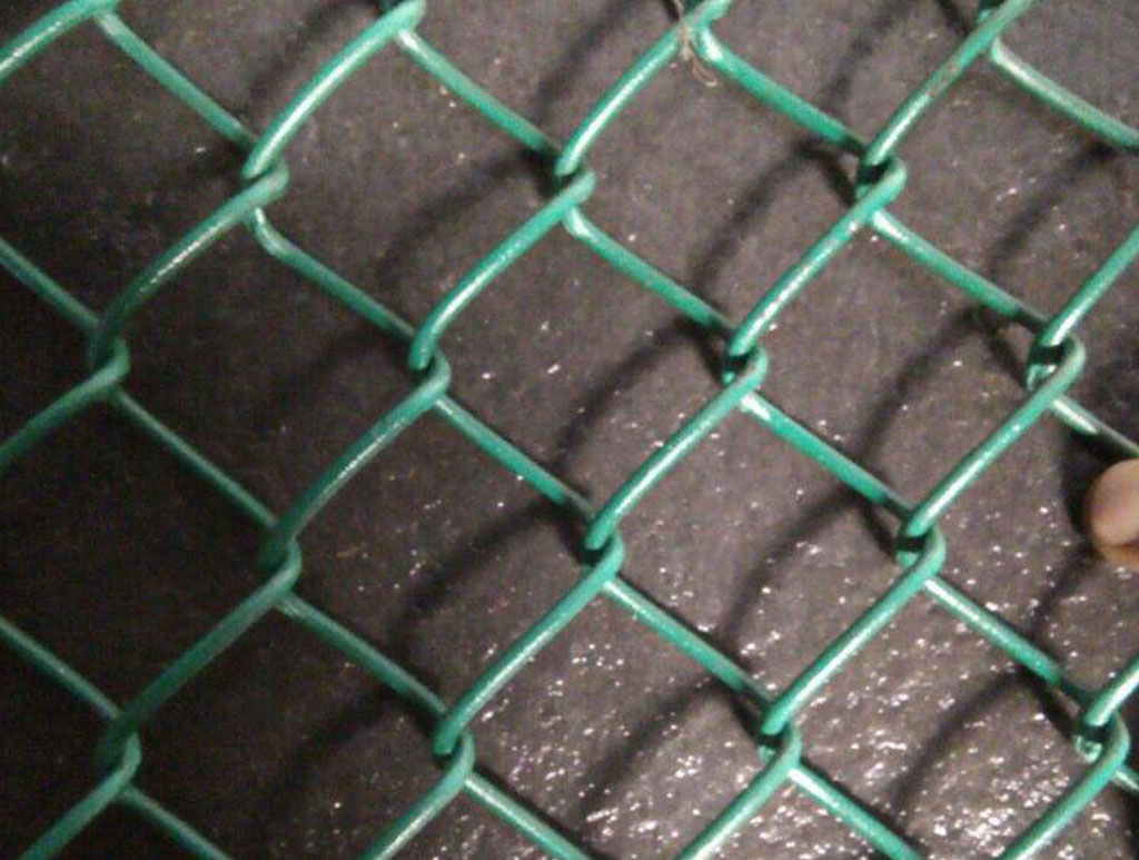 pvc chain link fencing1